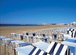La grande plage des Sables d'Olonne.
